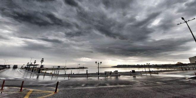 Κακοκαιρία εξπρές με ισχυρές βροχές και ψυχρή εισβολή από Τετάρτη